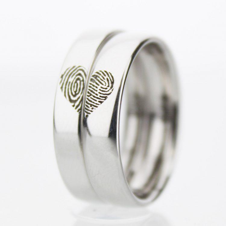 Couples Heart Wedding Rings Avenue Co
